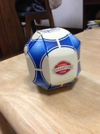 こんなん見つけました。ボール型の箱