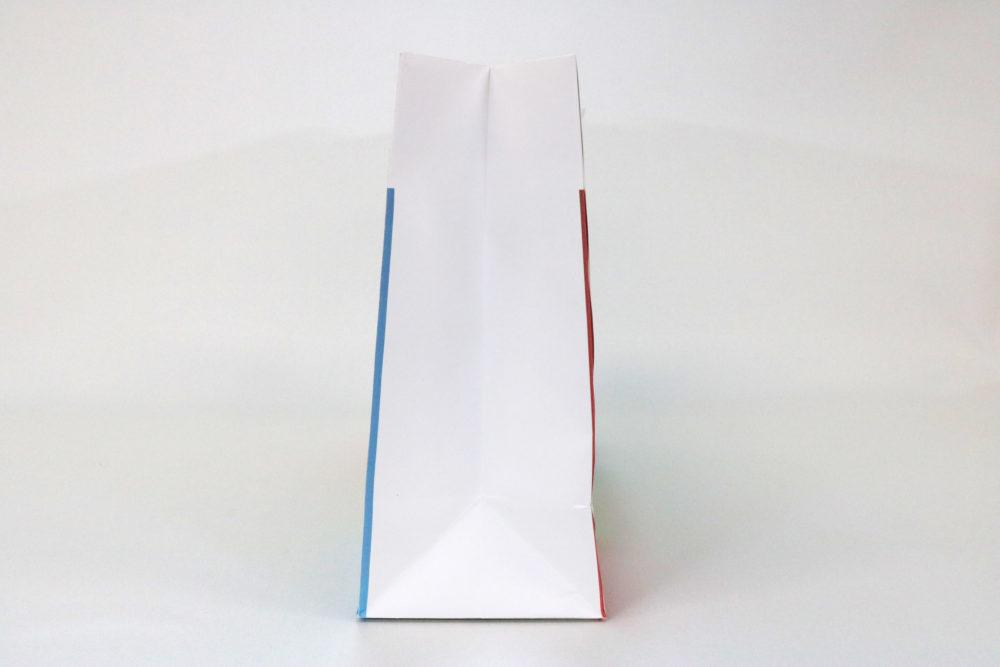 晒クラフト(白)表面加工なし、オフセット4色印刷の別注紙袋の側面画像