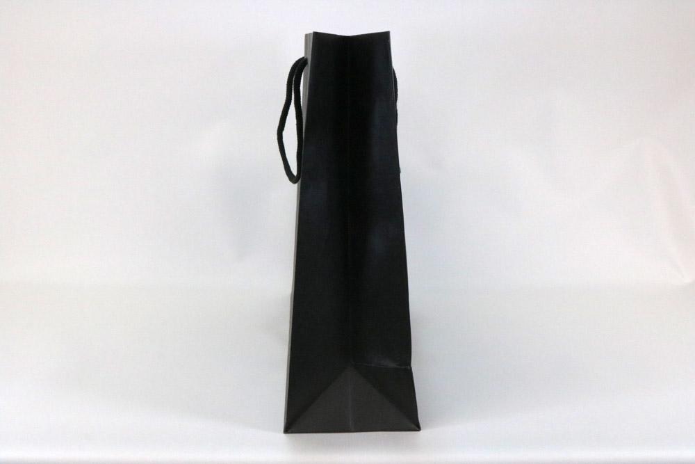 未晒クラフト130g/㎡+黒ベタ、片面1カ所箔押しのセミオーダー紙袋の側面画像