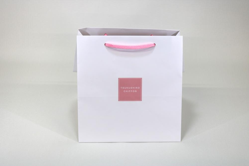 コート紙表面マットPP貼り、オフセット印刷カラー4色の別注紙袋の正面画像