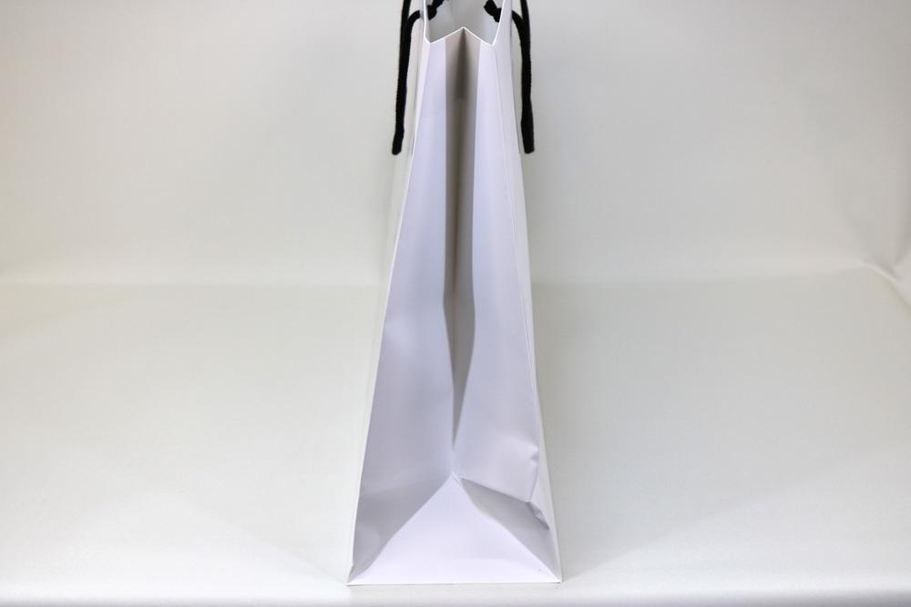 コート紙表面マットPP貼り、オフセット印刷1色の別注紙袋の側面画像